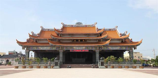 Facade of Wanshan Temple